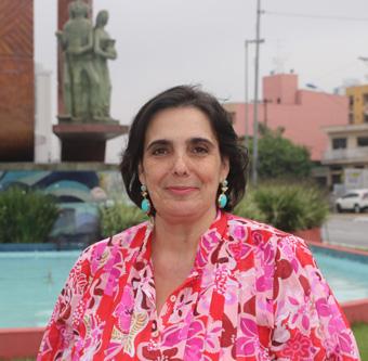 Claudia Botelho